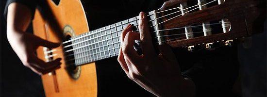 jouer à la guitare : comment bien commencer ?