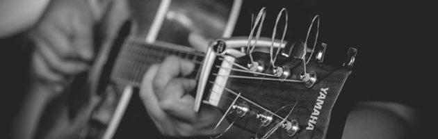 Quels accessoires offrir à un guitariste ?