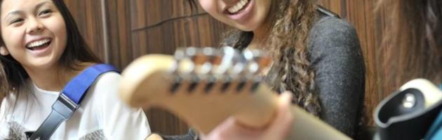 Avantages d'apprendre un instrument de musique